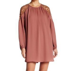 *NWT* ASTR the Label Lace Shoulder Shift Dress